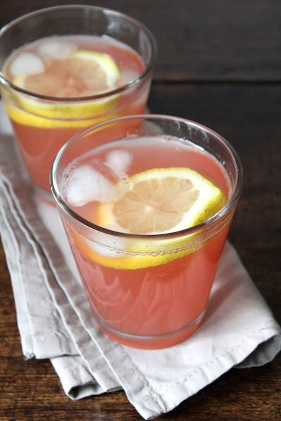 watermeloen-limonade! Licht zoet, met een klein zuurtje en vooral ontzettend fris en dorstlessend.