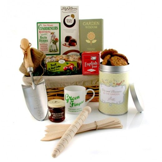 Ultimate Gardeneru0027s Gift Hamper For Her #gardening #gardengifts #gardenlover