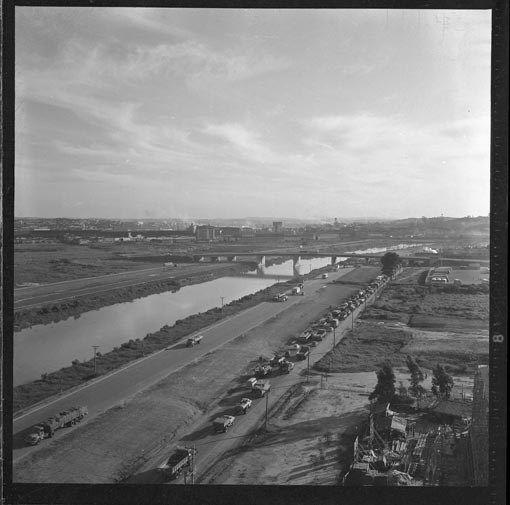 Marginal do Rio Tietê nos anos 60 - 70. Foto de Camerindo Ferreira