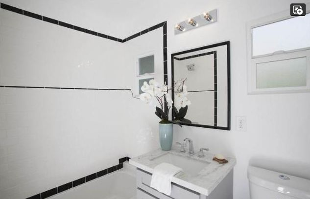 Black And White Tile For Bathroom Don T Like The Line In