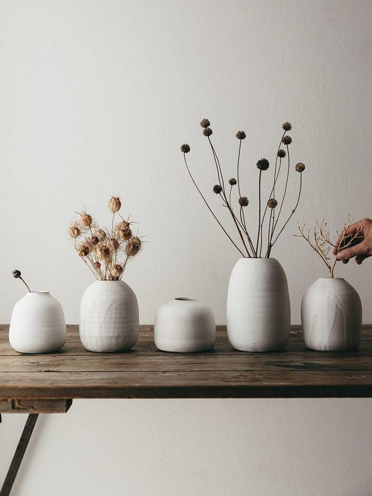 I vasi per fiori, prevalentemente utilizzati per decorare gli interni, sono pensati soprattutto per. Minimalist Ceramics Minimalist Ceramics Ceramics Homeaccessories Homeaccessoriesdecor Homeaccessori Arredamento Salotto Idee Fiori Secchi Arredamento