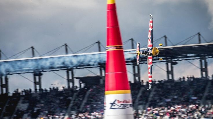 Lausitz delivered the action on Race Day | Red Bull Air Race