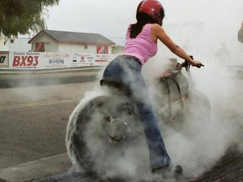 It's rare to see woman burning -n- smoking these tires. I'm impressed. Go Girl!