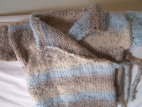 Gorgeous baby sweater, free easy baby knitting pattern