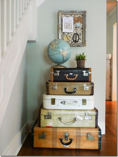 suitcase stack: Vintage Suitcases, Globes, Old Suitcases, Trunks, Fleas Marketing, Travel, Vintage Luggage, Storage Ideas, Vintage Decor