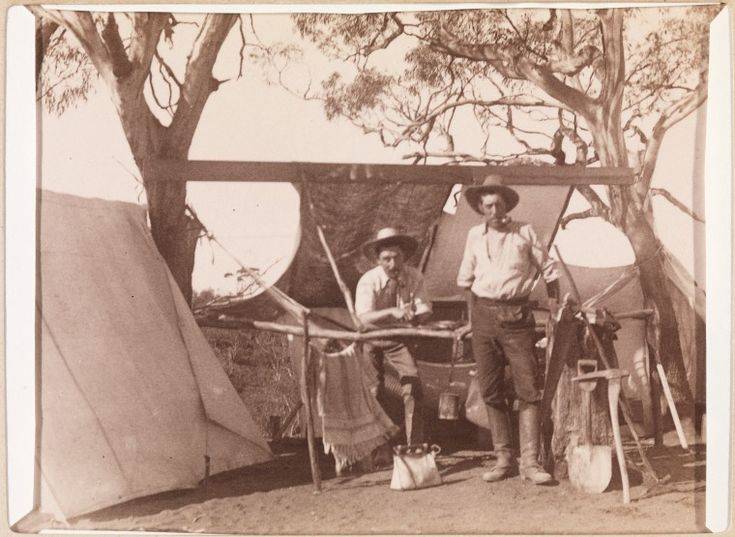 400B/23: A camp near Coolgardie, 1895-1896.  http://encore.slwa.wa.gov.au/iii/encore/record/C__Rb2115903__SBush%20camp%20in%20the%20Eastern%20Goldfields__Orightresult__U__X6?lang=eng&suite=def