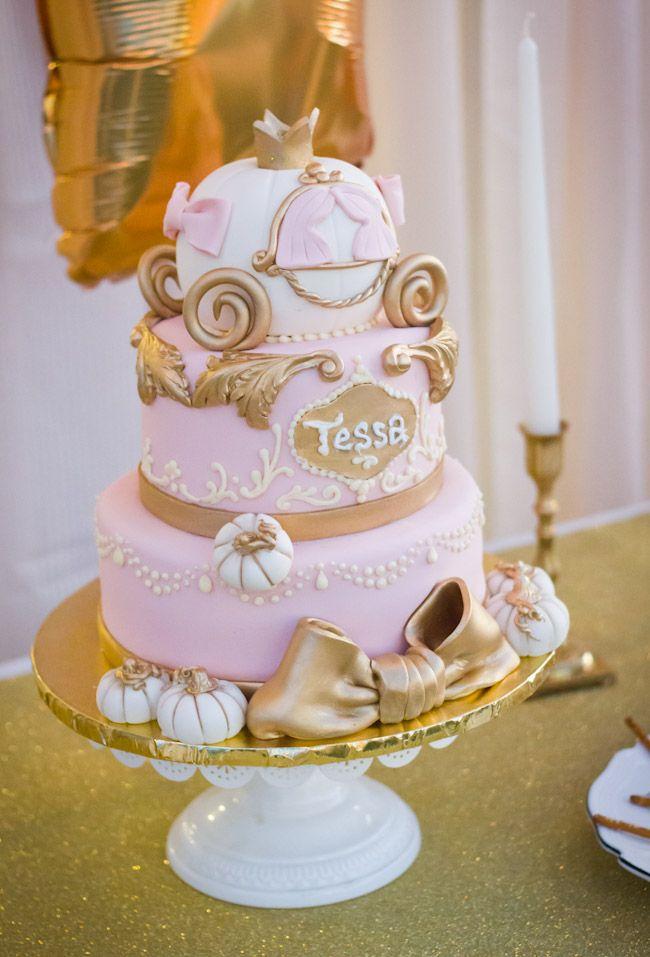 Cinderella pumpkin carriage cake for Cinderella party