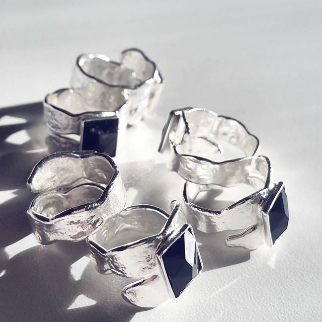 Astarte rings, we are so in love with you! Code.1035632e44  #Astarte #ring #thallo #thallojewelry #unique  #madeingreece #greek #thallovers  #silver  #love #fashion  #jewelry #instafashion #happiness #happy #swarovskicrystals #sparkle  #bloggers #bloggerstyle #travel #sea #melbourneblogger #australia  #melbourne#warsaw