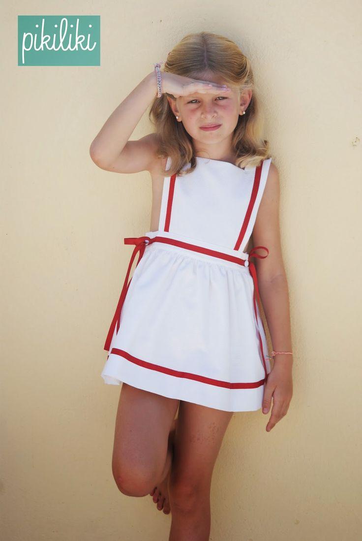 Imprescindibles en la maleta del verano, bañadores, sudaderas, vestidos marineros, batas y camisones.