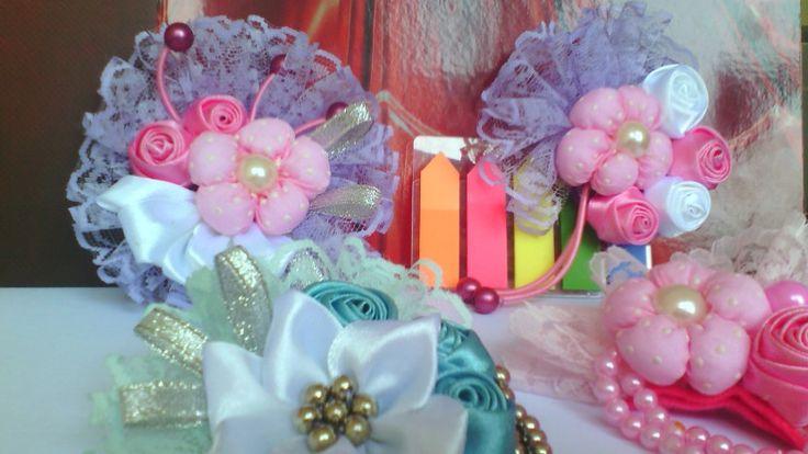 Ribbon flowers brooçh