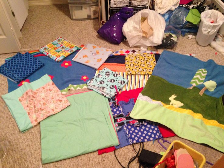 Baby blankets for all the pregnant ladies in my life. Very relaxing