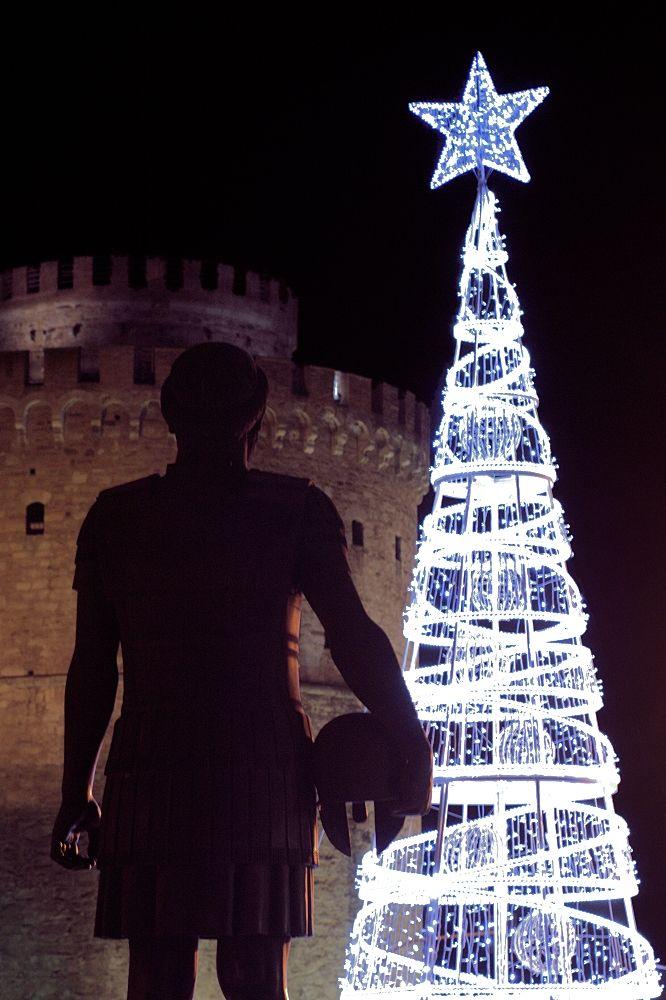 Το δέντρο στον Πύργο. (Δεκέμβριος 2017)