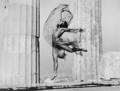 "Nelly (Elli Seraidari) a Hungarian dancer, performing  ""Nicolsca"" at the Parthenon, Acropolis Athens, Greece, c.1929"