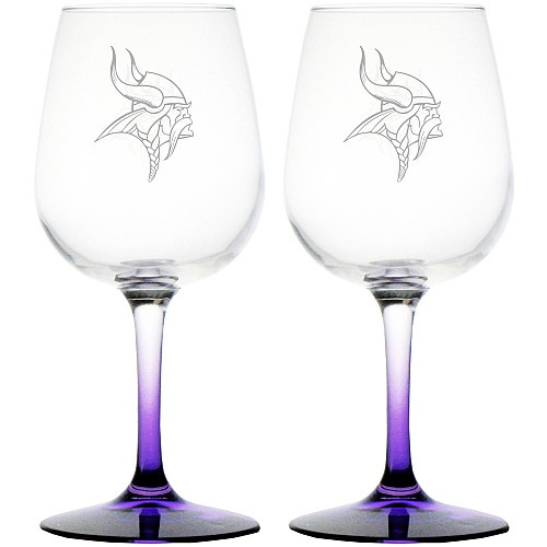Minnesota Vikings wine glasses with purple stem and etched norseman logo!
