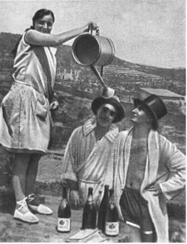 Анна Мария Дали, Федерико Гарсиа Лорка и Сальвадор Дали. Шуточная фотография