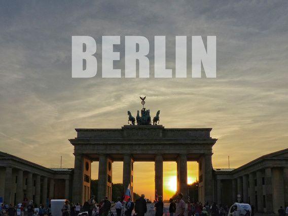 BERLIN, Sonnenuntergang am Brandenburger Tor