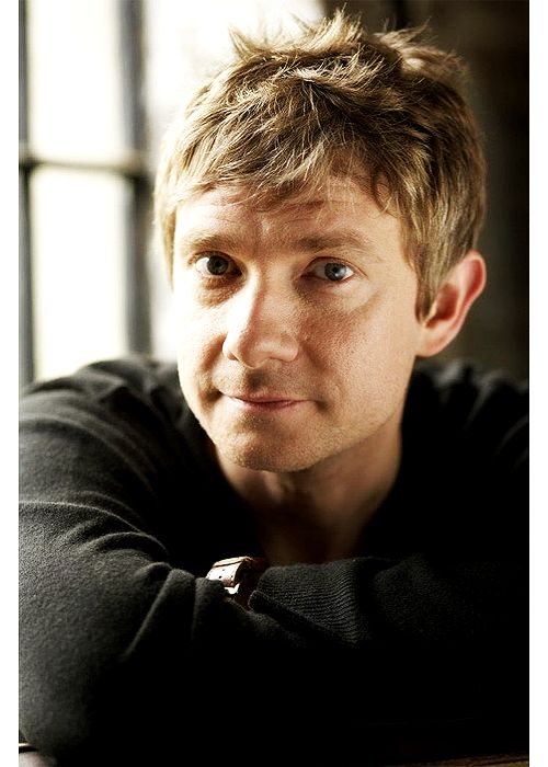 Friday, December 14: The Hobbit Eye Candy of the Day: Martin Freeman (Bilbo Baggins)