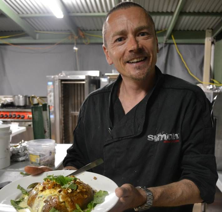 ABC's The Cook and the Chef co-star Simon Bryant has pledged his support for the Fleurieu Poultry Association's plan to reopen the Aldinga Turkeys factory as a co-operative between local workers and farmers.