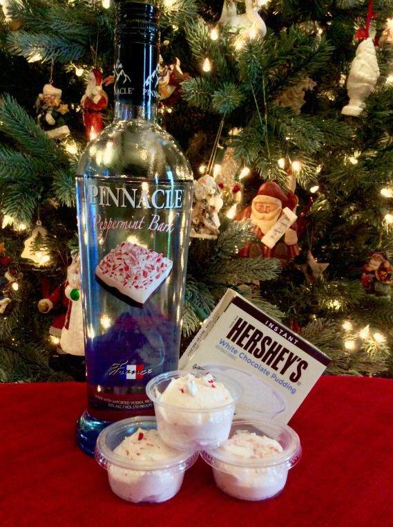 Peppermint Bark Pudding Shots are the perfect Christmas Pudding Shot!