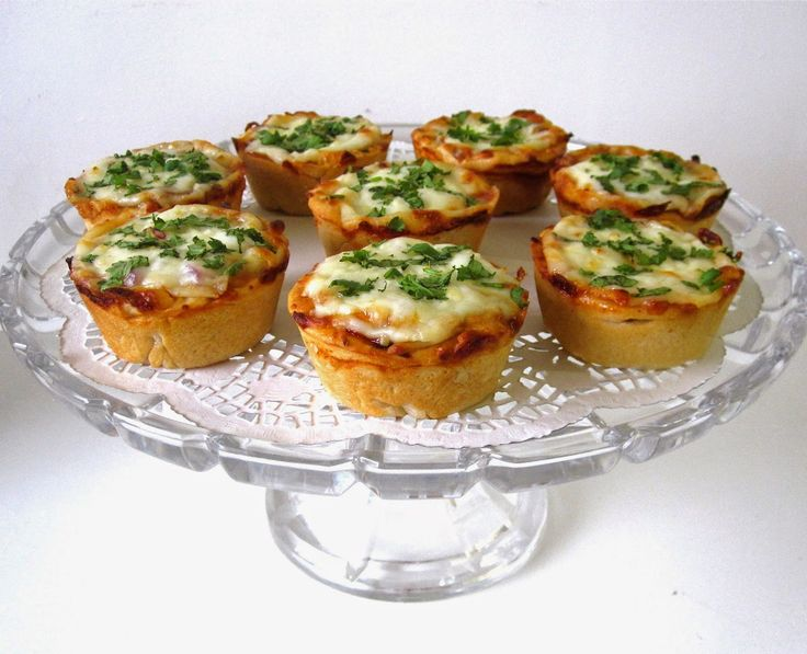 Lindsay Ann Bakes: {VIDEO} Mini Deep Dish Cupcake Pan Pizzas (Pepperoni, BBQ Chicken & more!)
