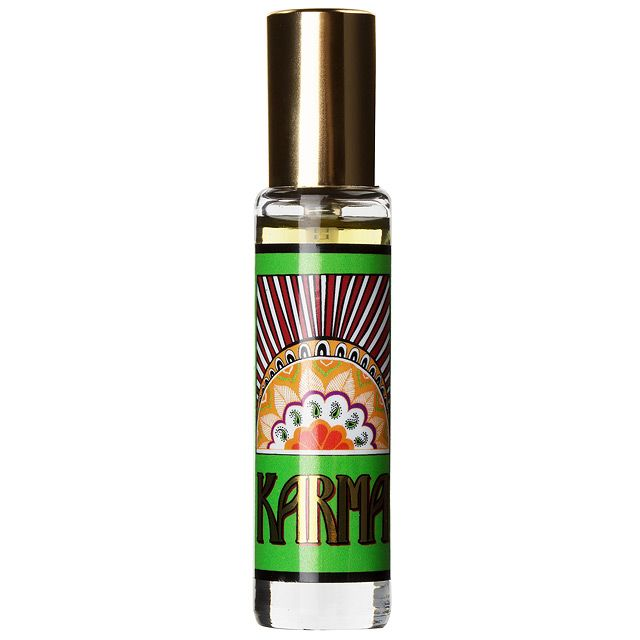 Kombiniere es das Karma Parfum mit der Karma Seife, dem Karma Schaumbad, dem Karma Komba Shampoo und der Karma Kream für die ultimative Dosis gutes Karma.