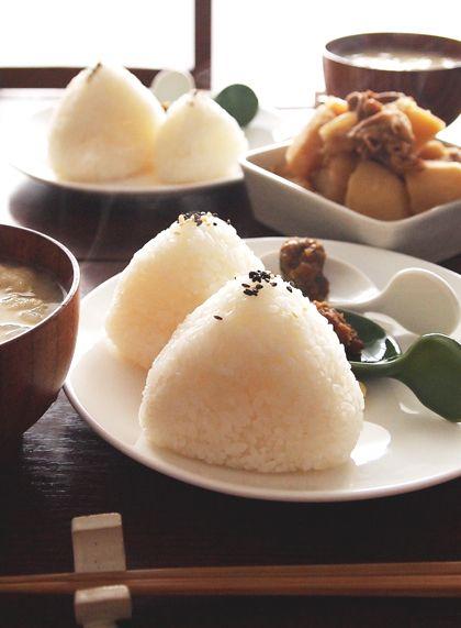 Onigiri Rice Balls, Japanese Home Dish|おにぎり