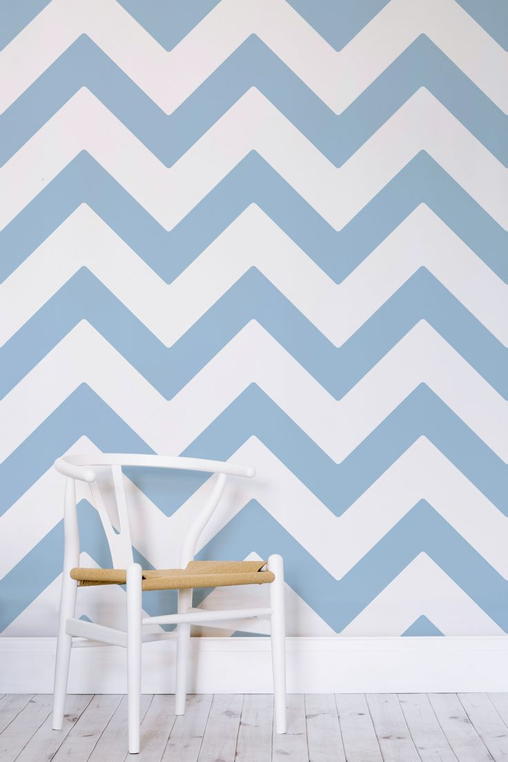 Bring some chevron chic into your interiors with this beautiful wallpaper design. Light blue pastel strikes through pure white, giving a stunning contrast and creates a rhythmic pattern to your home. This is a wonderful choice for kid's bedrooms, home office spaces and bedrooms.