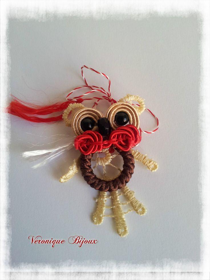 A small owl soutache