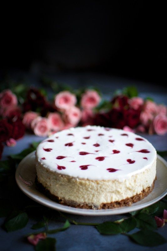Mini Cheesecake with Raspberry jam hearts!