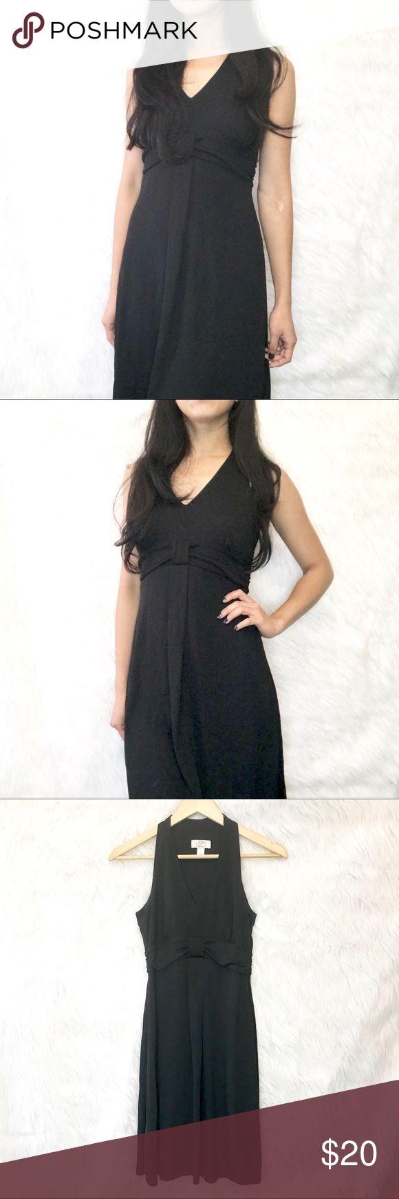 LOFT Minimalist LBD soft & cool little black dress ▫️ LOFT LBD Minimalist so…