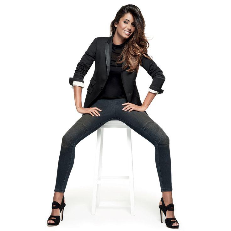 Look da capogiro? #Denim #leggings by #Goldenpoint, difficile staccargli gli occhi di dosso!