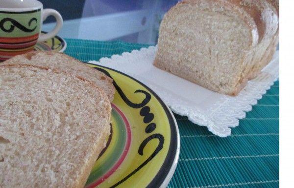 Pan+brioche+con+farina+di+farro,+ricetta+lievitata