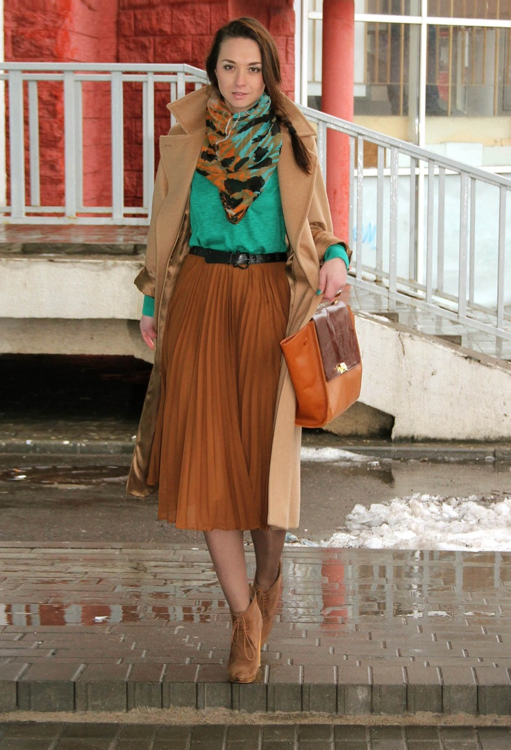 turquoise shirt, burnt orange skirt, pleated skirt, tan coat, pea coat