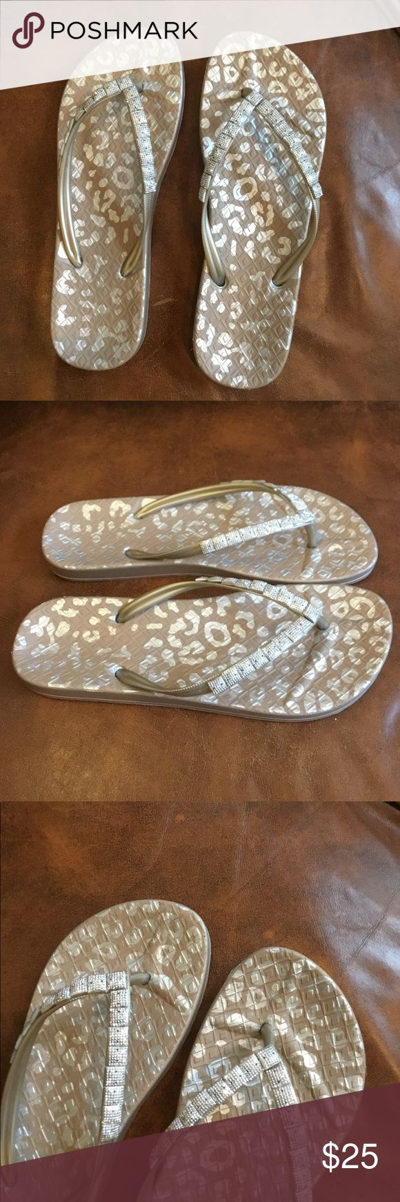 Never wore Rubber flip flop Super cute embellished rubber flip flops perfect for summer, beach etc. never wore size 9. no brand Shoes Sandals