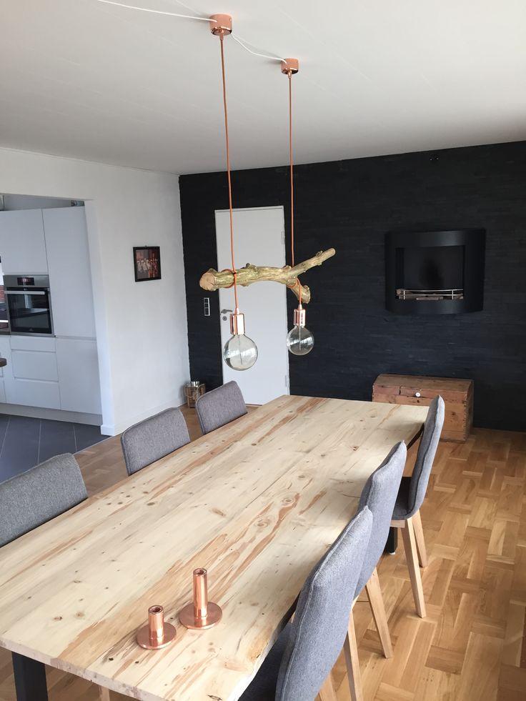 Mit hjemmelavede plankebord og lampeforsøg:-)