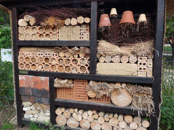 38 best images about insektenhotel on pinterest. Black Bedroom Furniture Sets. Home Design Ideas