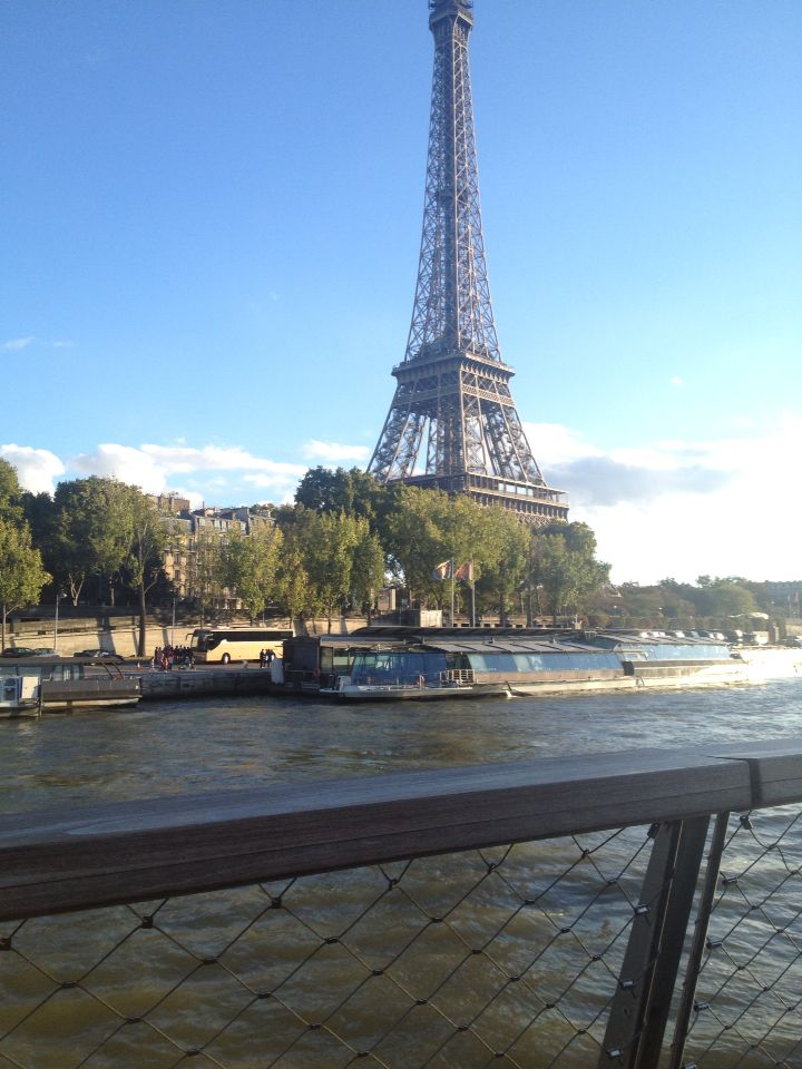 River cruise on the river seine