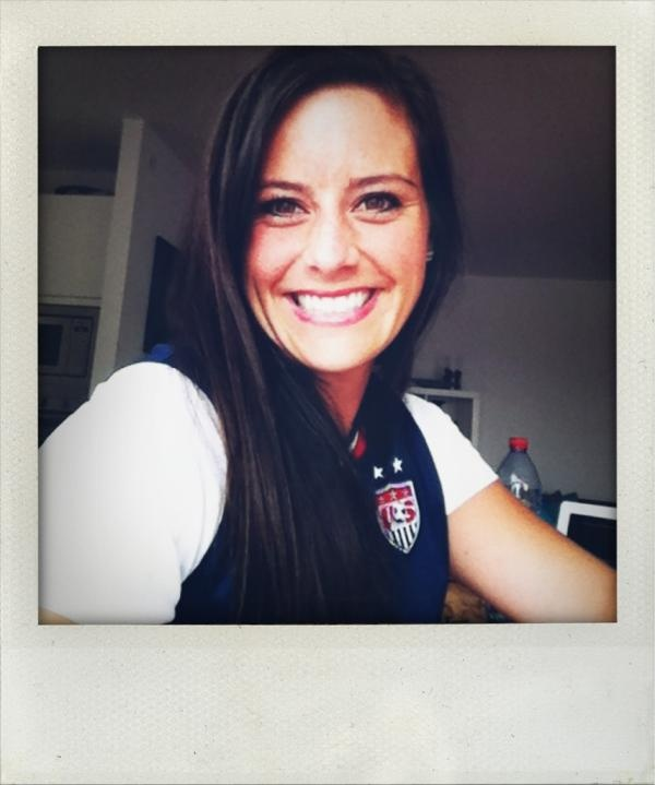 Ali Krieger (AlexBKrieger) on Twitter: Sooo happy we won! I'm pretty sure this jersey is Good Luck?! #allsmiles Congrats Teamies, I miss you!! 07.31.12: Good Luck, Happy Ali, I Miss You, Uswnt Selfie, Krieger Alexbkrieg, So Happy, Ali Krieger, Uswnt Soccer, Krieger Uswnt