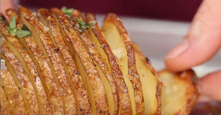 Pečená brambora s bylinkami a s mořskou solí