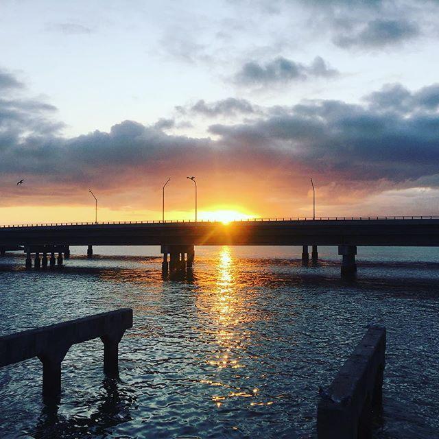 Good morning from beautiful Redcliffe  #goodmorning #redcliffe #brisbane #queensland #australia #sunrise #visitmoretonbayregion Image compliments of @svalovalo