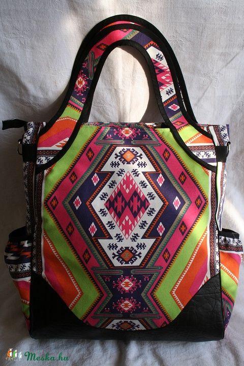 JULISKA Tatyó - színes azték mintás / fekete, Táska, Ruha, divat, cipő, Válltáska, oldaltáska, Laptoptáska, Meska