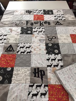 25 best ideas about harry potter quilt on pinterest harry potter children harry potter list - Harry potter crib set ...