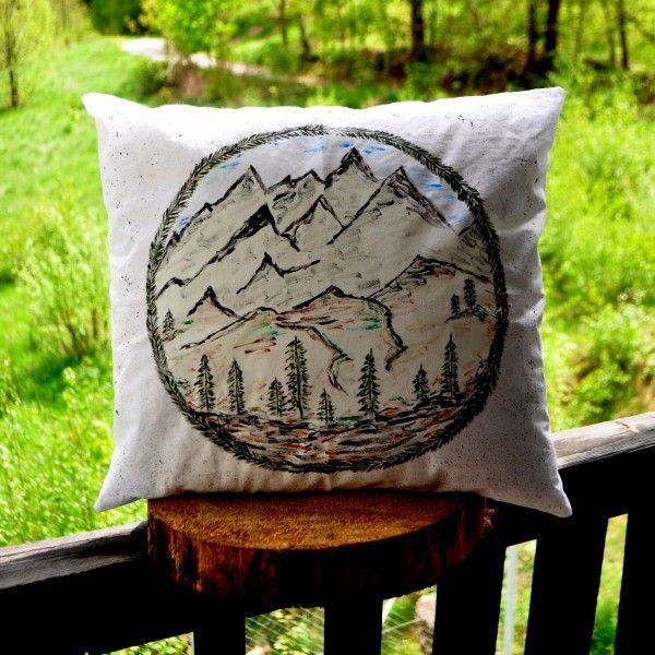 Poducha dekoracyjna Mountains   Make My Wonderland