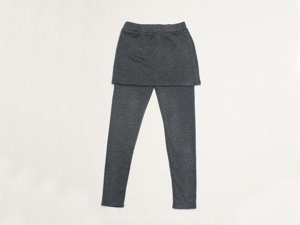 Struggling to get out of bed because it's too cold?  Feel like you are in your blanket all day with these ultra soft fleece lined leggings with a skirt!  They are comfortable, warm, and stylish.  This is a must have item for busy moms for this winter season!    SM: 26-27  MD: 28-29