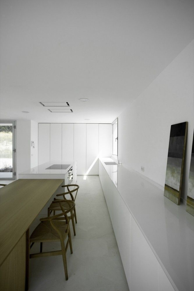 Casa H designed by Bojaus Arquitectura, Las Rozas, Madrid, Spain - 2013.