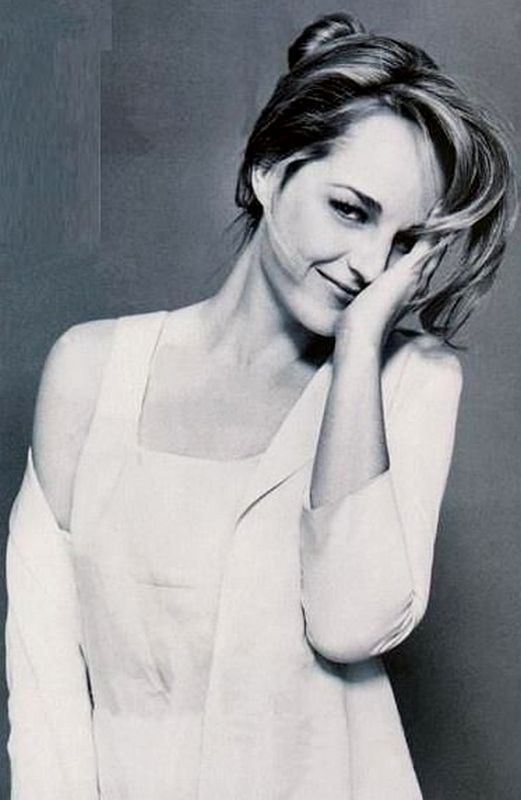 Helen Hunt (June 15, 1963) American actress.