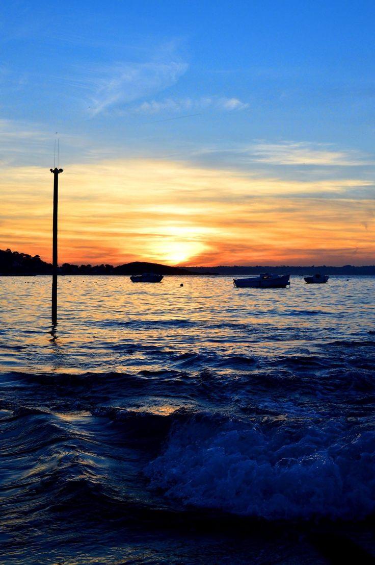 Sunset - Port Le Goff, Bretagne (France) - null