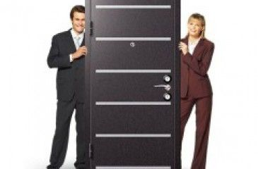Как выбрать входную дверь правильно. Металлические входные двери для квартиры и дома, фото и видео