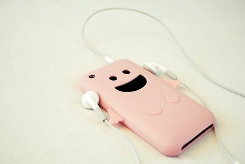 so cute to leave ur case with ur headphone in (:: Iphone Cases, Music, Ipod Cases, Iphonecase Ios, Phone Cover, Products
