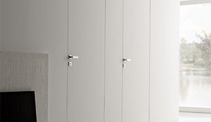Oltre 25 fantastiche idee su porte bianche su pinterest - Specchio adesivo per anta armadio ...